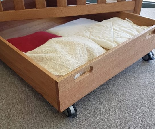 Drawer-for-sliding-under-bed