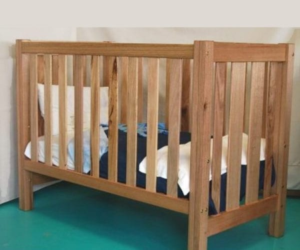 Hardwood Country Cot – Unique