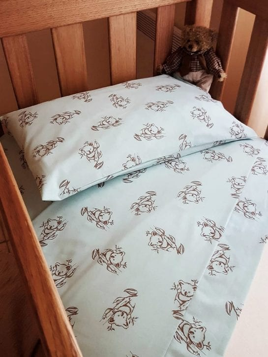 organic-cotton-koala-print-sheets-and-quilt-covers-mint