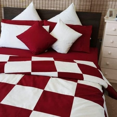 patch-quilt-cover-organic-poplin-cot-single-burgundy-and-white-now-half-price